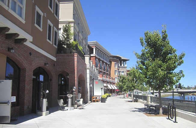 Town of Napa River Walk