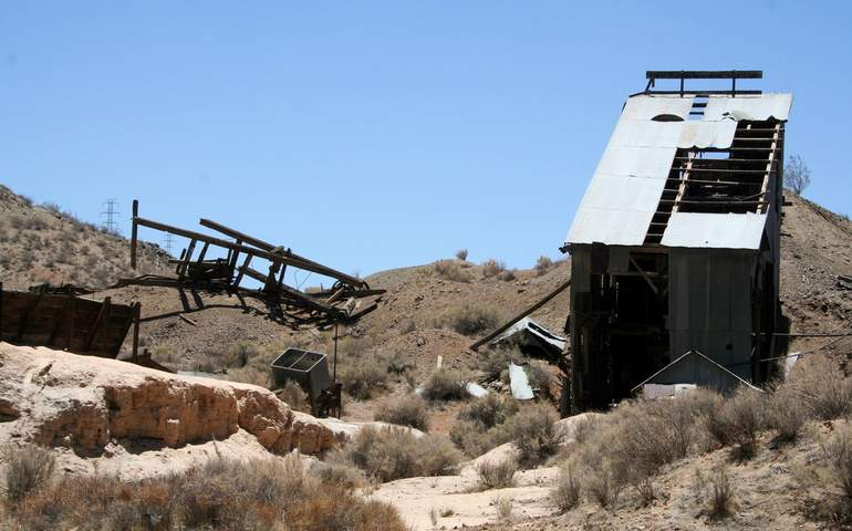 Abandoned Mine Eastern Kern County