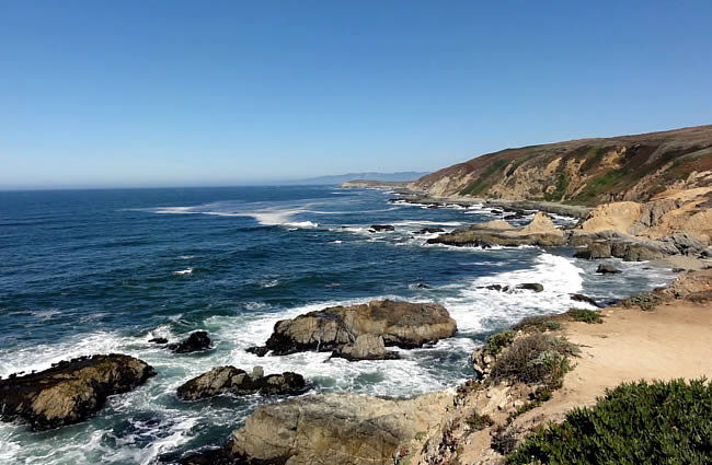 With Its Seemingly Endless Miles Of Pristine Beaches To Explore Fresh Seafood And Beautiful Coastal Scenery Bodega Bay Is Less Than A 70 Mile Drive North