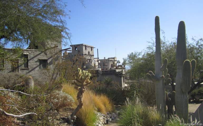 Cabot's Pueblo Museum Palm Springs Day Trip