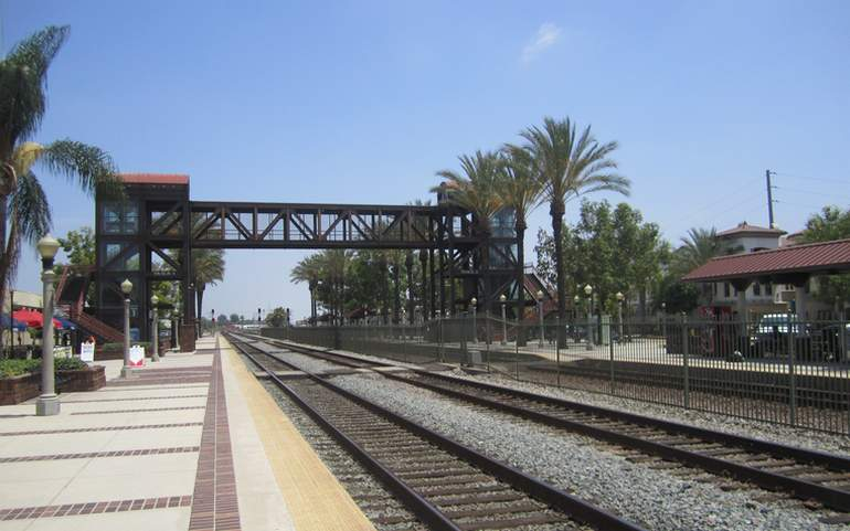 Fullerton Amtrak Station
