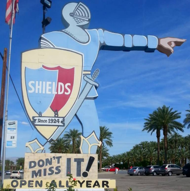 Shields Date Garden Knight Sign