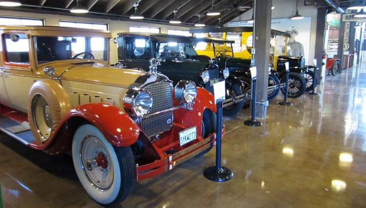 Vintage Vehicles Motte Auto Museum