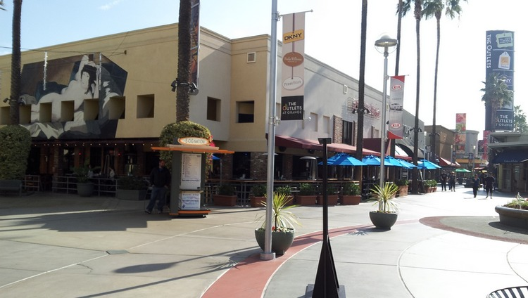 Outlets at Orange Shopping Center Discounts