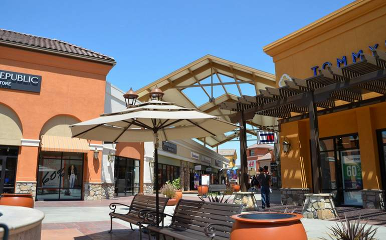 Tejon Ranch Outlets