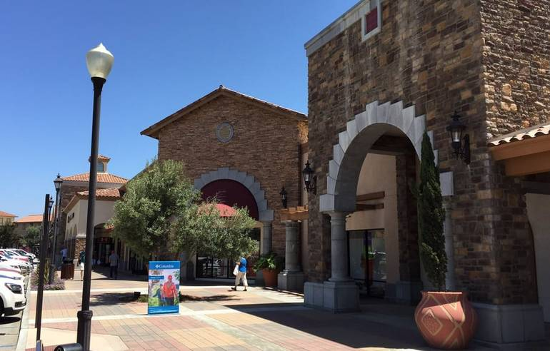 Camarillo Outlet Mall
