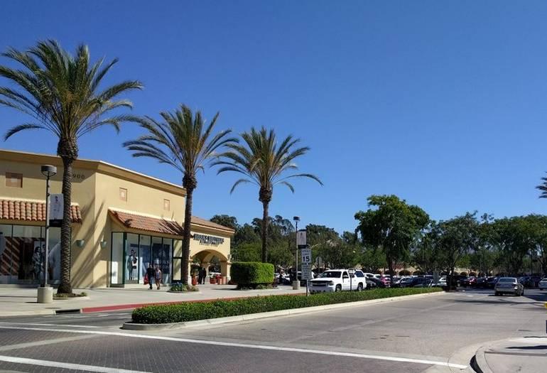 Camarillo Outlet Mall