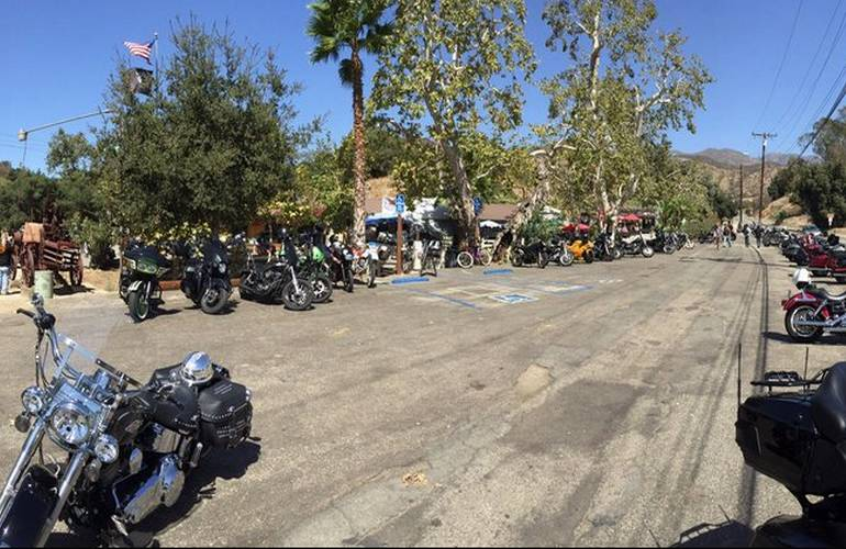Weekend crowd at Cooks Corner Orange County