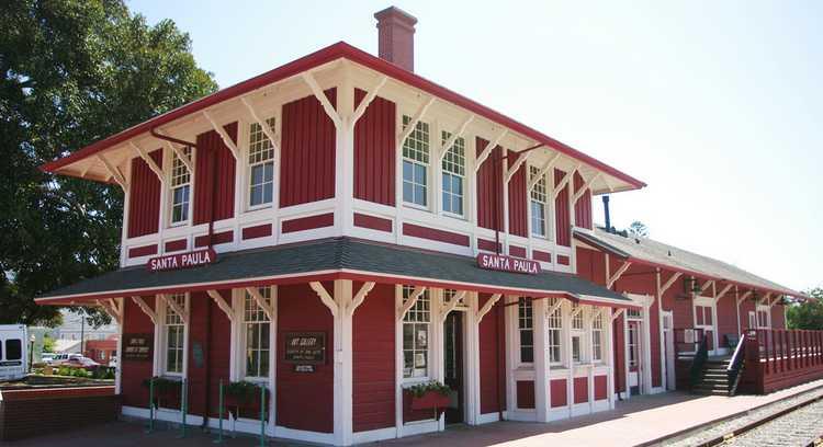 Santa Paula Train Depot
