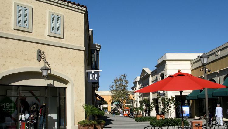 Las American Premium Outlets San Diego