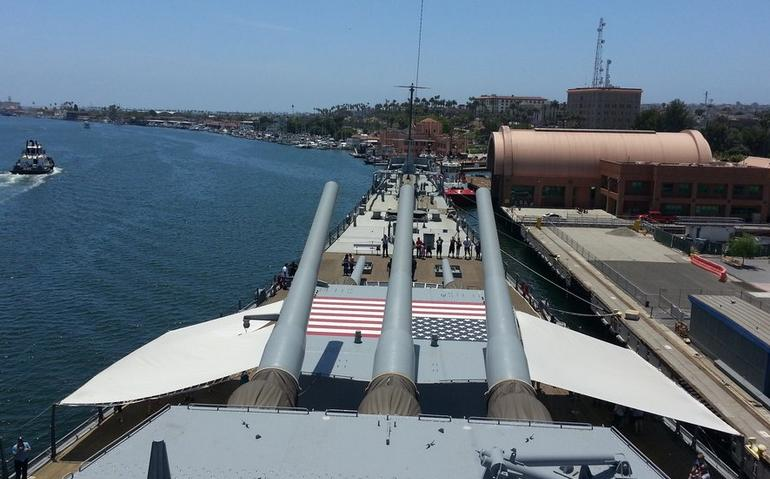 USS Iowa Los Angeles