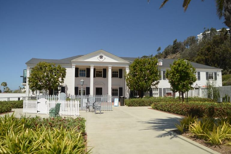 Marion Davies guest house