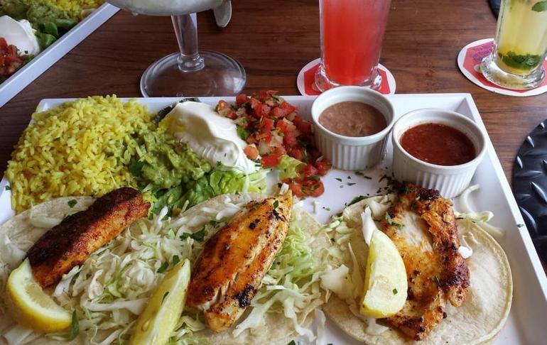 Paradise Beach Cafe Fish Tacos