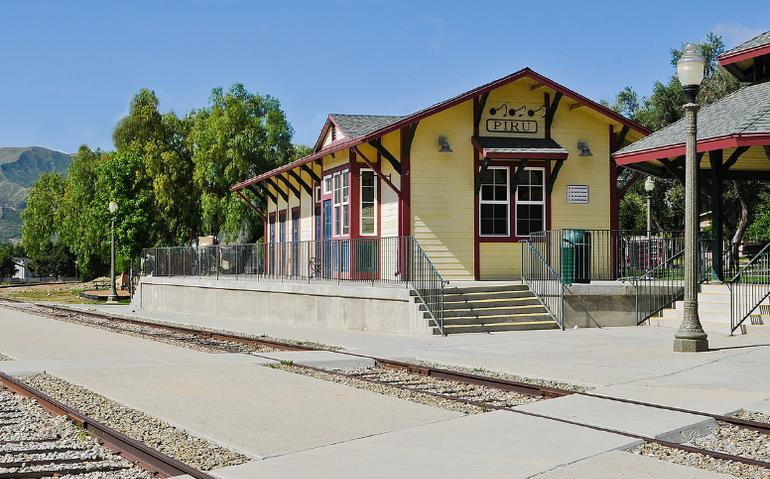 Piru Train Station