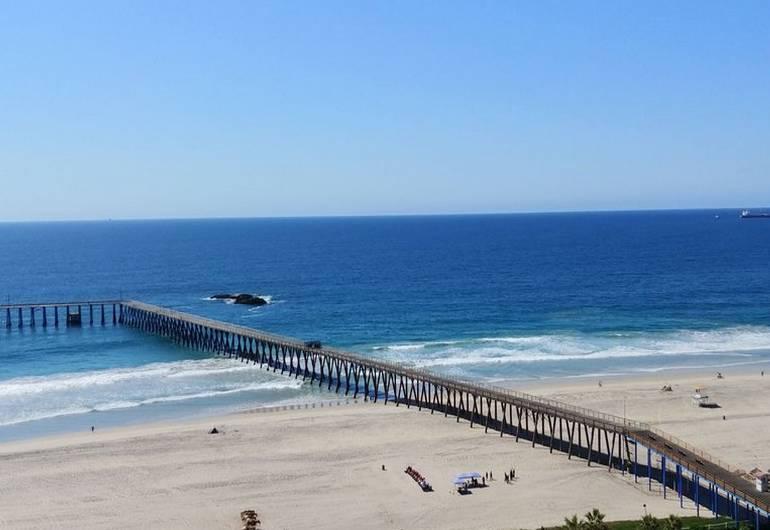 Rosarito Beach Pier Bay California