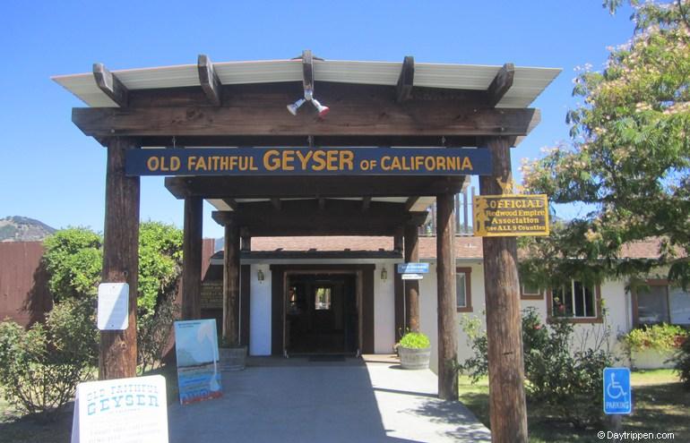 Old Faithful Geyser Entrance