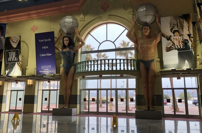 Fashion Outlets Primm Nevada Main Entrance
