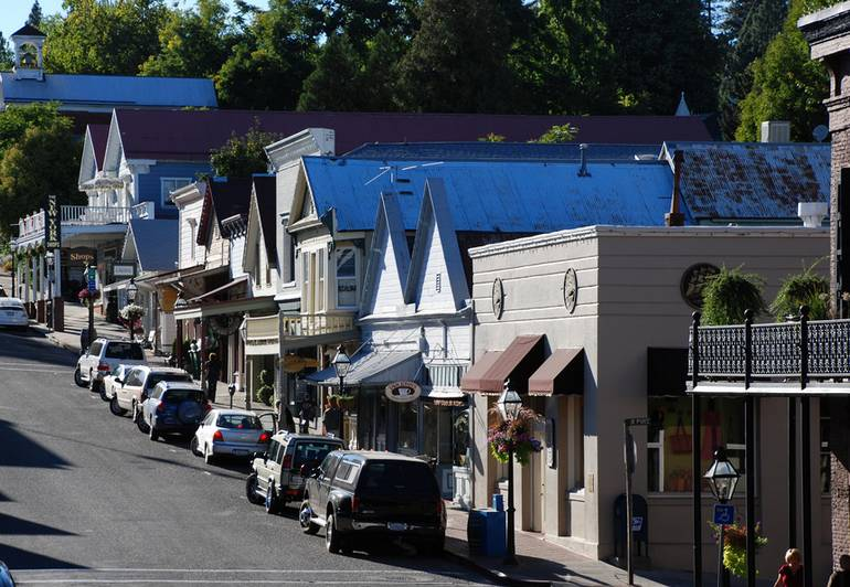 Broad Street Nevada City CA