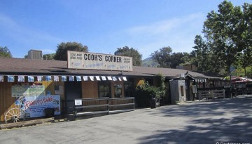 Cooks Corner Orange County Roadhouse