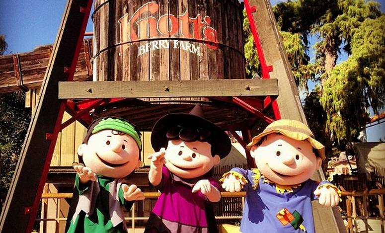 Knott's Berry Farm Camp Spooky Halloween