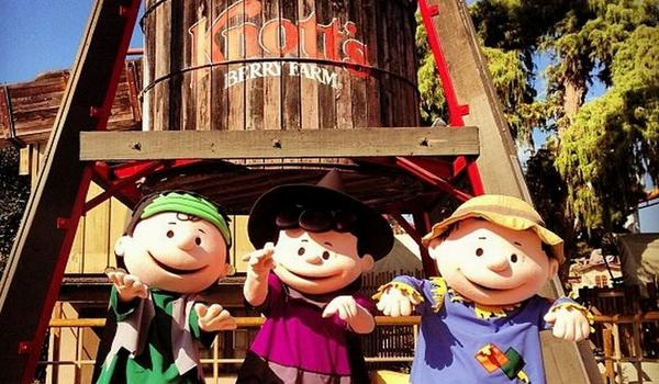 Knott's Berry Farm Camp Spooky
