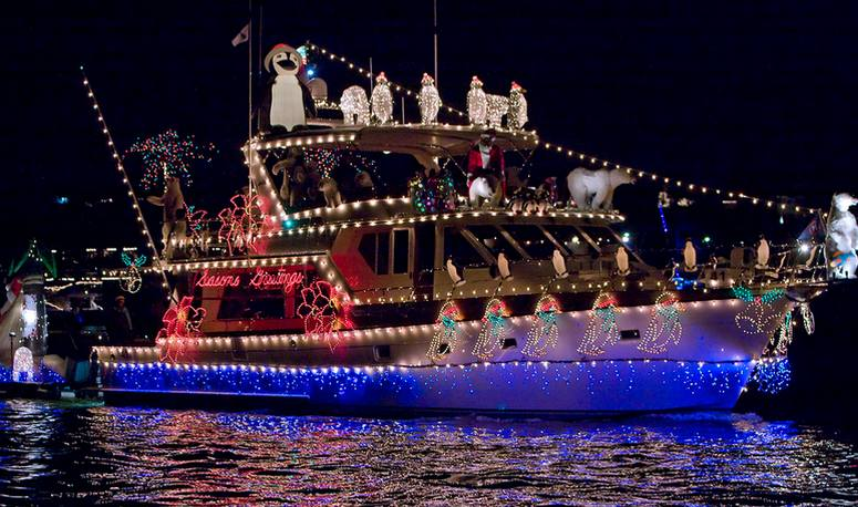 Newport Beach Christmas Boat Parade Cruise Discounts