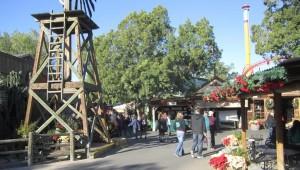Knott's Berry Farm Christmas Craft Fair
