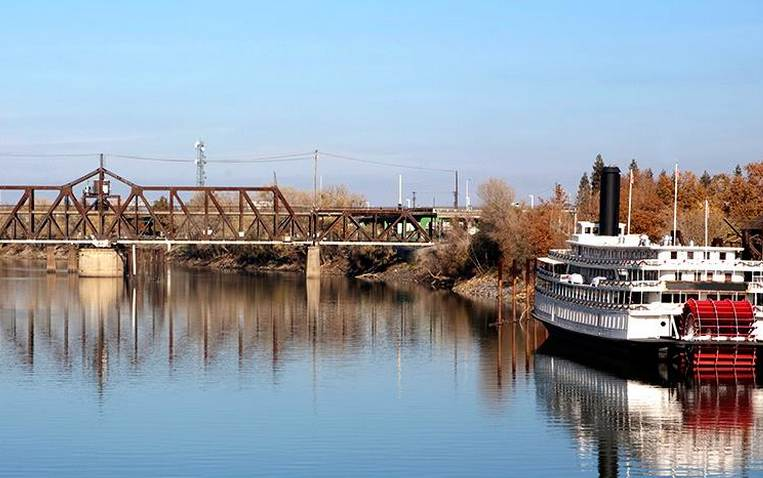 Sacramento Riverboat Cruise