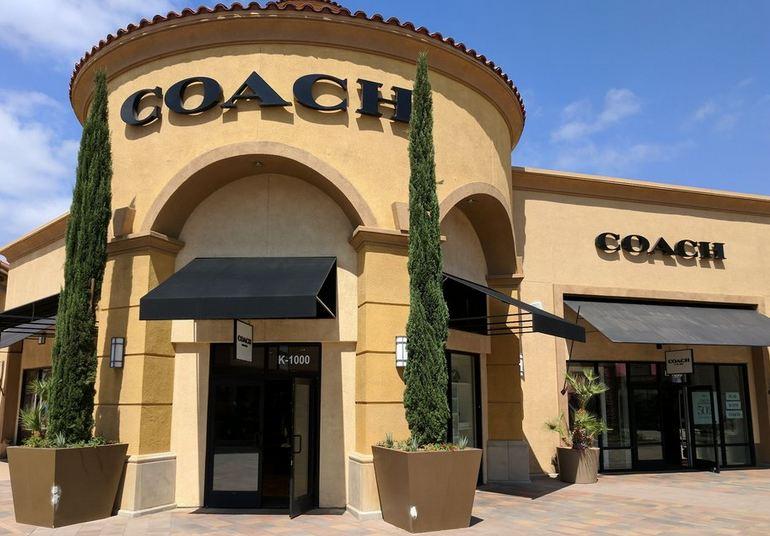 Desert Hills Coach Store