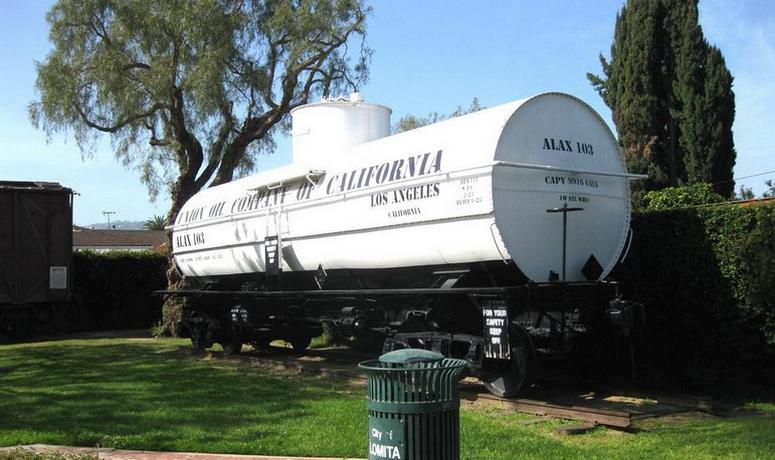 Lomita Railway Museum Union Oil tank car
