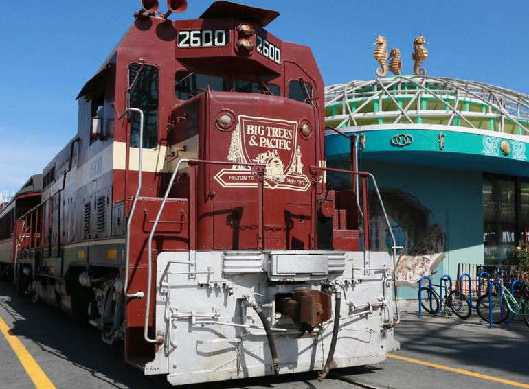 Santa Cruz Beach Train