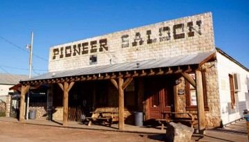 Goodsprings Pioneer Saloon Las Vegas Day Trip