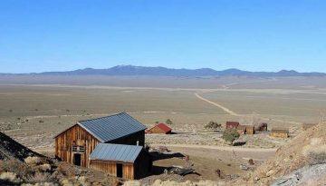 Berlin-Ichthyosaur State Park Nevada Day Trip