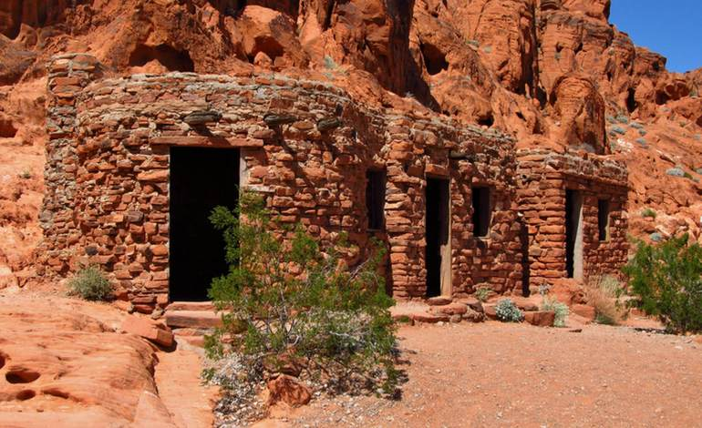 Cabins Valley of Fire State Park