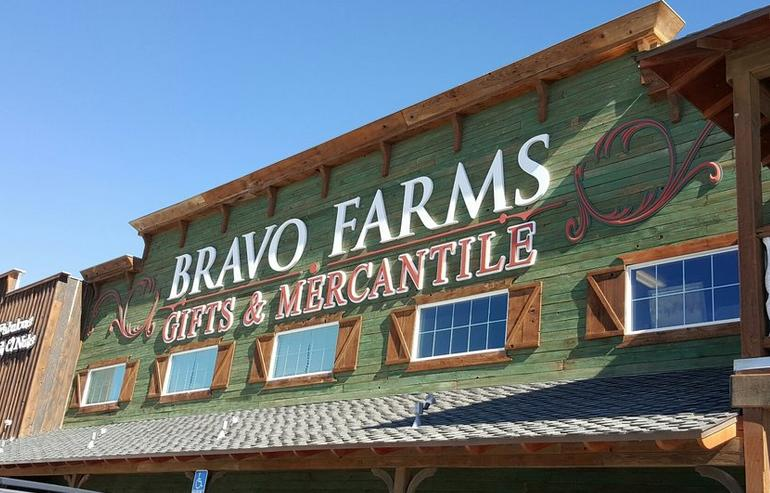 Bravoland Bravo Farms Road Stop
