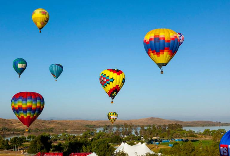 Temecula balloon wine festival discounts event schedule for Paint and wine temecula