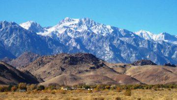 Lone Pine Highway 395 California Eastern High Sierra
