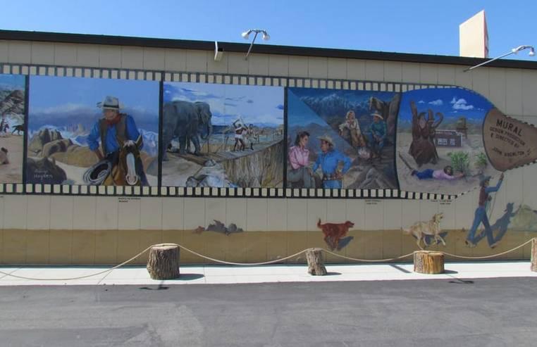 Wall Mural Lone Pine CA