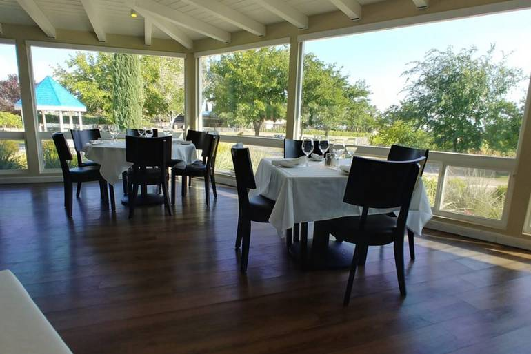 Pahrump Valley Winery Symphony's Restaurant