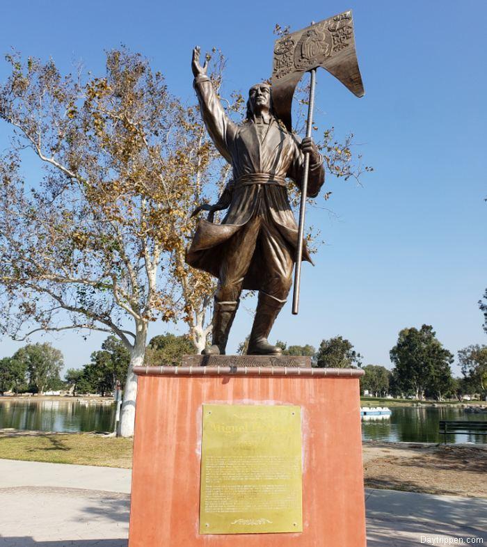 Miguel Hidalgo Statue